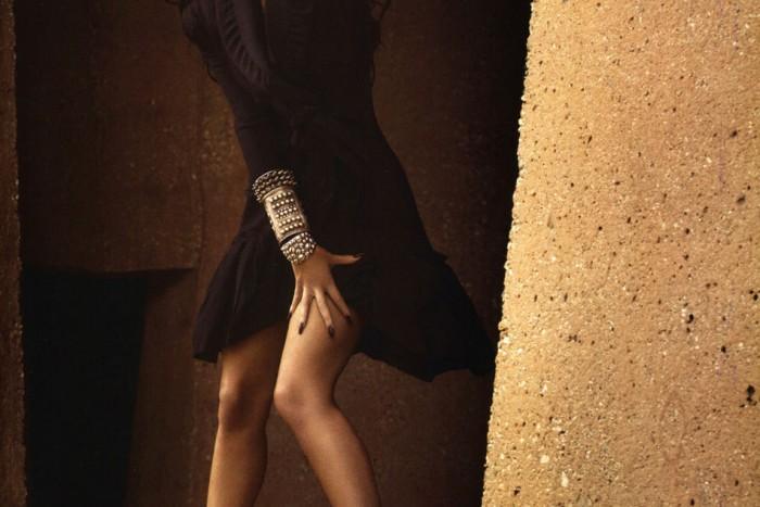 Slim legs of Megan Fox have a graceful star on Best legs net photo gallery